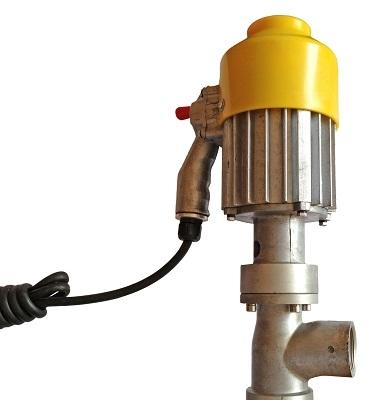 Насос для бензина электрический ,откачает бензин со скоростью сто пятьдесят литров в минуту по самой низкой цене в москве.