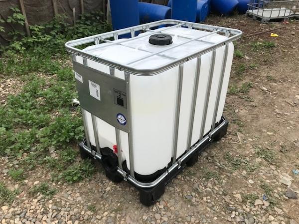 Еврокуб (емкость) 600 л, б/у, чистый пропаренный из под пищ. веществ (поддон металл/пластик)